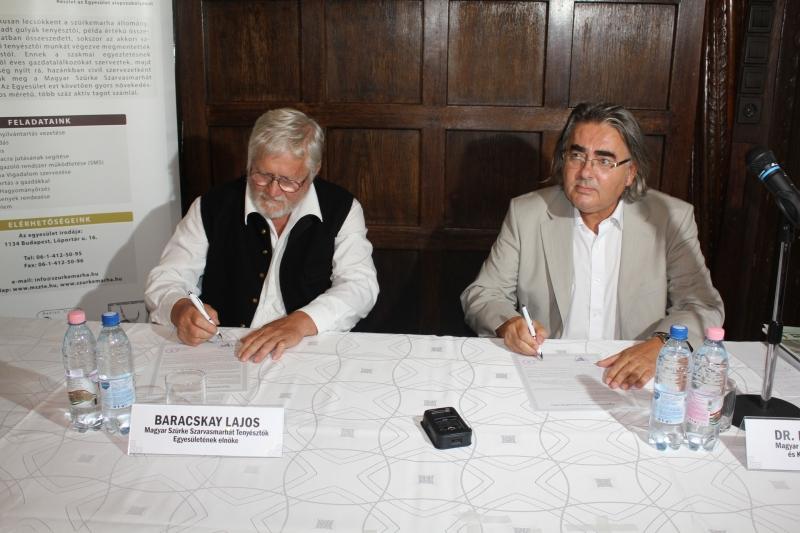 Együttműködési született a magyar szürkemarháért az V. Szürkemarha Vigadalom sajtótájékoztatóján.